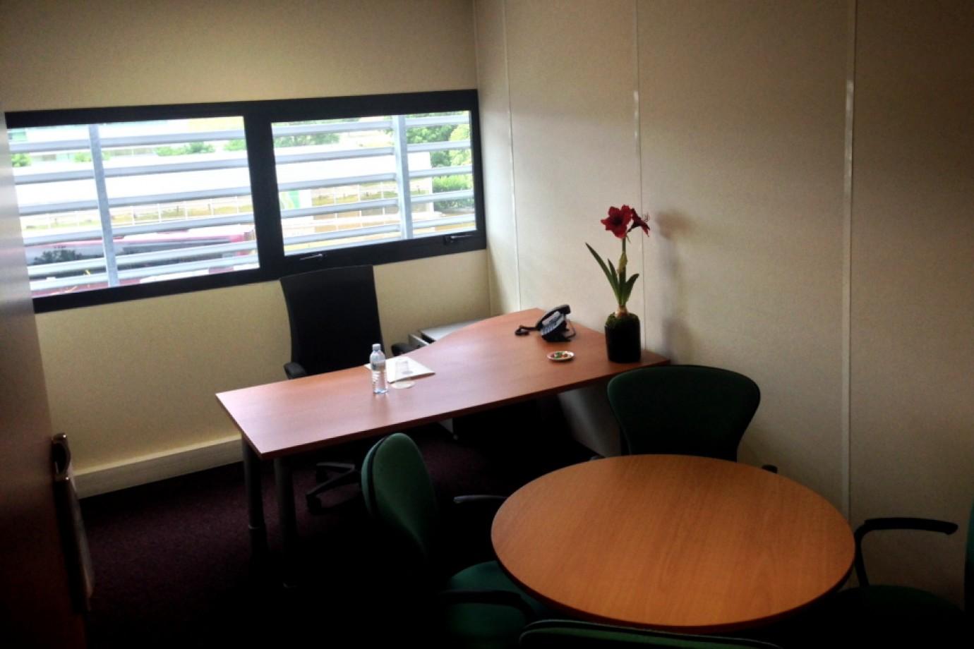 Bureau privé mérignac bureau poste choose and work